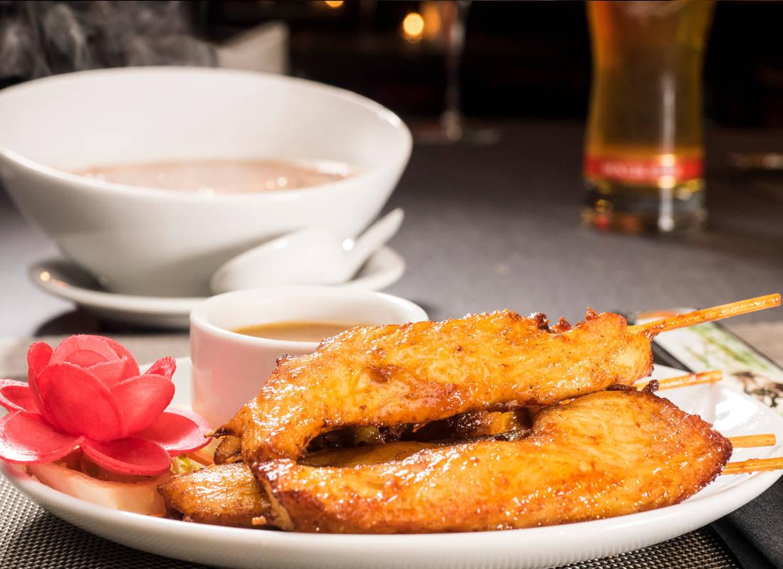 chicken-satay-skewers-peanut-sauce-littlehongkong